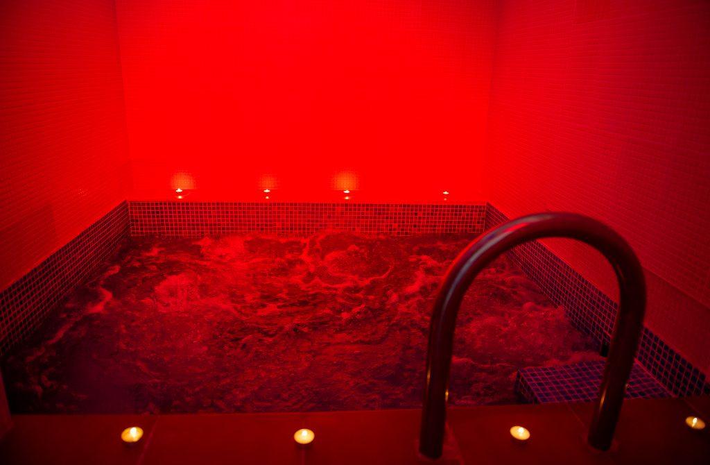 baños el pozo hidromasaje marfil